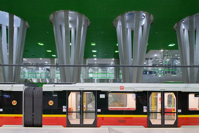 MetroStadion_02